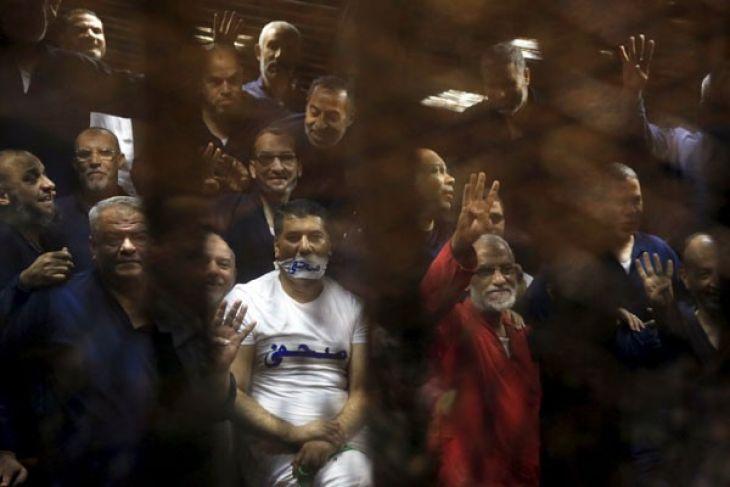 24  Anggota Ikhwanul Muslimin Dihukum Seumur Hidup