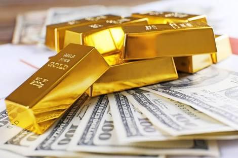 Harga Emas Turun Dolar Naik