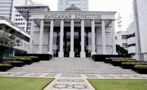 Sengketa  Pemilu Presiden 2019,  Kuasa Hukum KPU Bilang Ma'ruf Amin Tidak Melanggar