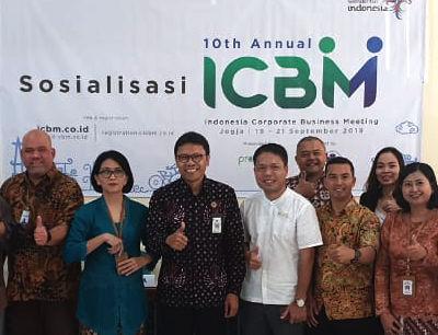 Kepala Bidang Pemasaran Dinas Pariwisata DI Yogyakarta Marlina Handayani (kanan), Kepala Dinas Pariwisata DI Yogyakarta Singgih Raharjo (kedua kanan), Sekjen ASITA DIY Edwin Ismedi Himma (kedua kiri), Direktur Pelaksana ICBM 2019- ProEvent Indra Sakti Madewa (kiri) memberikan penjelasannya mengenai acara ICBM (Indonesia Corporate Business Meeting ) 2019 yang ke 10, di Jogyakarta. Acara tersebut akan diselenggarakan dengan dukungan Kementrian Pariwisata RI dan Dinas Pariwisata Daerah Yogyakarta pada tanggal 18-20 September 2019 mendatang. Acara ini merupakan kesempatan penyedia jasa MICE untuk bertemu dengan puluhan perusahaan multinasional, dalam rangka meningkatkan Pariwisata Indonesia.(Foto:BN/Hedi Suryono)