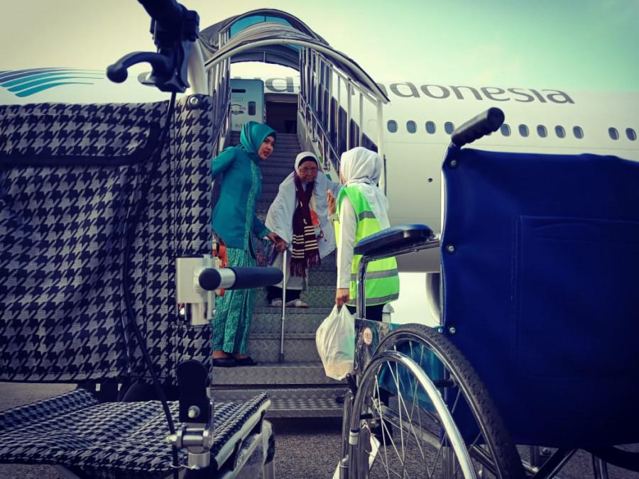 Kloter Pertama Jamaah Haji Embarkasi Padang  Tiba Pagi Ini
