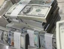 Dolar Menjadi Tempat Aman  di Tengah Wabah Covid-19